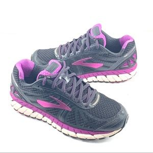 Brooks Ariel Athletic Shoes Size 9